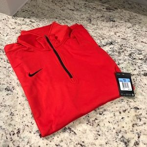 🆕 BRAND NEW Nike Dri Fit Pullover Shirt